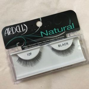 💄🆕NWT Ardell Natural Black Strip Lashes (109)